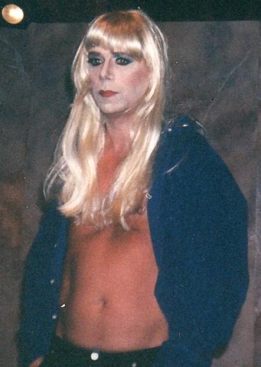 Backstage in my Donatella, 1995